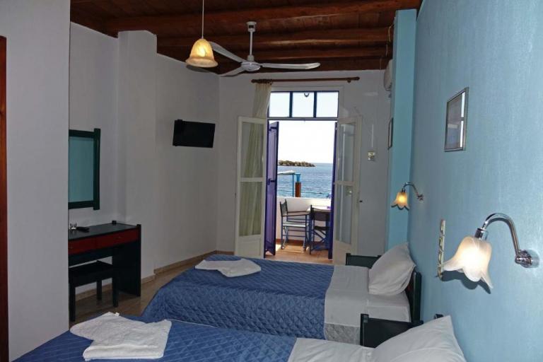 Deluxe Τρίκλινο Δωμάτιο με Θέα στη Θάλασσα